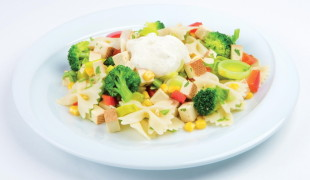 cestovinový šalát s-tofu