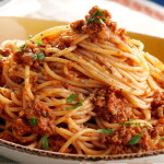 Špagety bolognese s-údeným-tofu