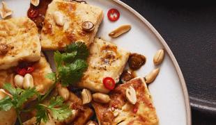 tofu-s-chilli-a-sójovou-omáčkou