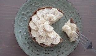 banánovo kokosový nepečený koláč